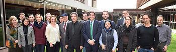 Echániz con miembros del Consejo Gitano de CLM. Foto: JCCM.