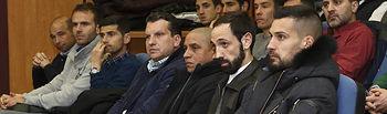Moya, Juanfran y Roberto Carlos, entre los alumnos.