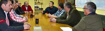 El candidato socialista a la Alcaldía de la ciudad mantuvo una reunión con la Junta Directiva de la Asociación de Transportistas de Mercancías de Albacete