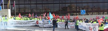 Manifestación ante la sede de la Consejería de Sanidad en Toledo.