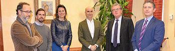 Imagen de la reunión celebrada entre responsables de la UCLM y Microsoft.  © Gabinete de Comunicación UCLM