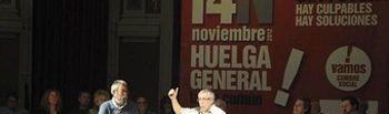 Toxo interviene en el acto de gente de la cultura en apoyo a la huelga general