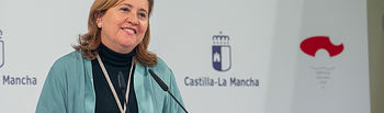 La consejera de Educación, Cultura y Deportes, Rosa Ana Rodríguez, ha informado hoy, en el Palacio de Fuensalida, de los acuerdos del Consejo de Gobierno relacionados con su departamento. (Fotos: A. Pérez Herrera // JCCM).