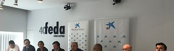 Firma convenio Federación de Comercio-CaixBank.