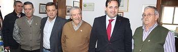 El presidente del PP-CLM, Paco Núñez, se reúne con el presidente de la Unión Democrática de Pensionistas (UDP) en Albacete, Ramón Munera.