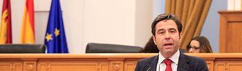 Lorenzo Robisco en el Pleno de las Cortes.