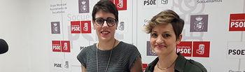 Marian Guerrero (izquierda) y Vanessa Sáez, concejalas del Grupo Socialista.