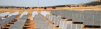 Paneles solares del Instituto Solar Fotovoltaico de Concentración (ISFOC), ubicado en Puertollano (Ciudad Real), uno de los organismos que ha participado este año en proyectos singulares estratégicos financiados por el Gobierno regional en colaboración con el Ministerio de Ciencia e Innovación.