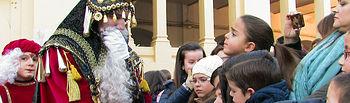 Sus Majestades los Reyes Magos saludan a los niños en Albacete