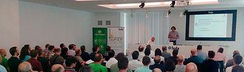 APIET pone al día a las empresas del sector sobre las instalaciones fotovoltaicas para explorar las soluciones y ventajas del autoconsumo