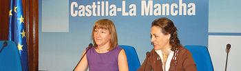 La consejera de Educación, Ciencia y Cultura, María Ángeles García (i), presentó esta mañana junto a la delegada de la Junta en la provincia de Guadalajara, Magdalena Valerio (d), las características de la primera fase del Campus Universitario de Guadalajara que el Gobierno de Castilla-La Mancha va a llevar a cabo.