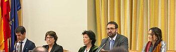 La ministra de Educación y Formación Profesional, Isabel Celáa, informa de la política de su Ministerio en Comisión.