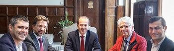 Reunión Alberto Rojo con Luis Simoes. Foto: ©JRopero