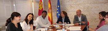 El Gobierno regional comunica a la Coordinadora de ONGD de Castilla-La Mancha el aumento del presupuesto en cooperación en un 172% para 2016. Foto: JCCM.
