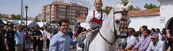 Javier Cuenca destaca que la Feria Ecuestre llena de color la zona de La Cuerda y Los Ejidos.
