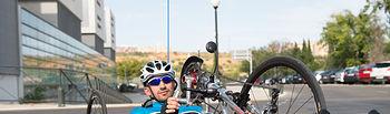 Un ingresado en el Hospital Nacional de Parapléjicos participa en su tercera prueba de handbike. Foto: JCCM.
