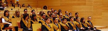 En la imagen, los alumnos de la XIII promoción de Ingenieros Industriales de Ciudad Real que participaron en el acto de graduación