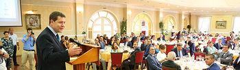 El presidente de Castilla-La Mancha, Emiliano García-Page, ha asistido a la XXV edición de los premios de la cuchillería de Albacete (FOTOS: José Ramón Márquez // JCCM)