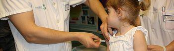 Sanidad y Asuntos Sociales adapta las vacunas de la meningitis, varicela y hepatitis al calendario vacunal único. Foto: JCCM.