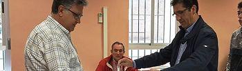 José Manuel Caballero votando. 10N.