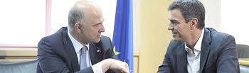 Pedro Sánchez junto a Pierre Moscovici.