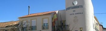 Ayuntamiento de Hoya Gonzalo.