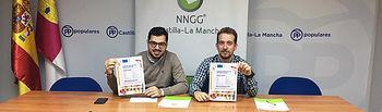 Jorge Sánchez-Infante,  vicesecretario de Acción Sectorial de NNGG C-LM,  y Miguel Ángel Perales, el presidente del Comité de Política Internacional de la formación juvenil.