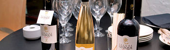 El Toboso también destaca por sus excelentes vinos, en la imagen vinos de Pago de Guzque.