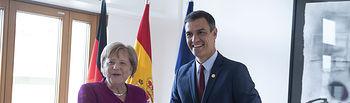 El presidente del Gobierno en funciones, Pedro Sánchez, se ha reunido con la canciller alemana, Angela Merkel.