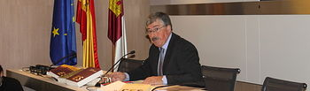 Juan Antonio Mata en su despedida como presidente del CES este martes, 27 de diciembre.