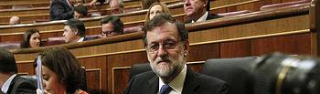 El presidente del Gobierno, Mariano Rajoy, al comienzo de la sesión de control al Gobierno que se celebra en el Congreso de los Diputados.
