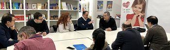 Reunión del candidato socialista a la Alcaldía, Emilio Sáez, con la Junta Directiva de Afanion.