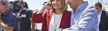 La ministra de Empleo, Fátima Báñez, junto al presidente del PP-A, Juanma Moreno. (Efe). Foto: Efe.