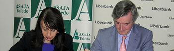 Firma del convenio de colaboración entre ASAJA Toledo y Liberbank
