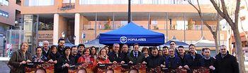 Paco Núñez participa en la carpa informativa del Partido Popular en Albacete.