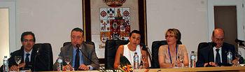 Beatriz Cabañas presidió la mesa inaugural.
