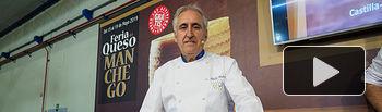 El cocinero Adolfo Muñoz, en la Feria del Queso Manchego celebrada dentro del marco de Expovicaman 2019