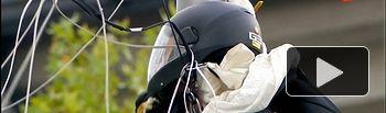 Paracaidista choca con farola - 12 de Octubre 2019 - Día Fiesta Nacional.