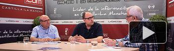 Enrique Alarcón García, presidente de C-LM Inclusiva, Jesús García Verdugo, gerente de C-LM Inclusiva, y Manuel Lozano Serna, director del Grupo Multimedia de Comunicación La Cerca