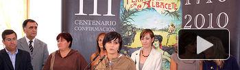 La portavoz del Gobierno de Castilla-La Mancha, Isabel Rodríguez, participó en la tradicional recepción que el Ayuntamiento de Albacete ofrece a los Consejos Municipales, en el marco de la celebración de la Feria de Albacete.
