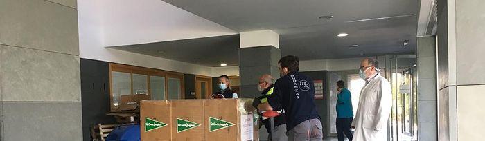 El Corte Inglés de Albacete dona 450 juegos de camas y material sanitario a los hospitales de la ciudad.
