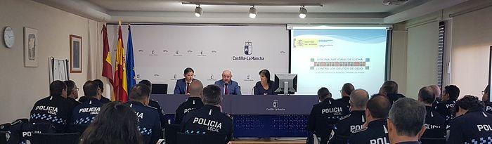 La Escuela de Protección Ciudadana organiza una jornada formativa sobre la lucha contra delitos de odio para mandos de la Policía Local
