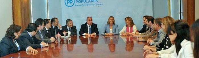 María Dolores Cospedal, en las Cortes regionales, donde se celebra la segunda jornada del Debate del Estado de la Región.