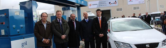 Inauguración de la primera estación de carga de gas natural para vehículos en la ciudad Albacete.