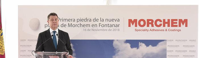 El presidente de Castilla-La Mancha, Emiliano García-Page, preside el acto de colocación de la primera piedra de la futura planta de producción de Morchem S.L., empresa especializada en la producción de adhesivos. (Fotos: José Ramón Márquez // JCCM)