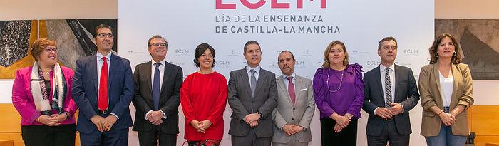 El jefe del Ejecutivo autonómico, Emiliano García-Page, preside, en el Paraninfo de la Universidad de Castila-La Mancha de Ciudad Real, el acto institucional del Día de la Enseñanza. (Fotos: A. Pérez Herrera // JCCM).