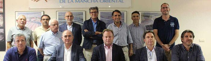 El alcalde de Albacete, Vicente Casañ, toma posesión de su cargo de vocal en la Junta Central de Regantes de la Mancha Oriental (JCRMO)