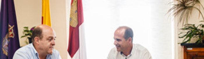 Reunión del Alcalde con Braulio Carlés ACCEM. Foto: ©JRopero