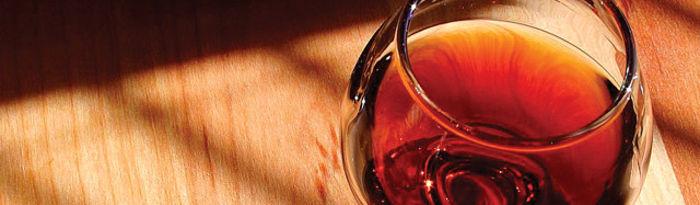 Según el acuerdo alcanzado en septiembre, el 25% de la declaración de cosecha será dedicada para su destilación y producción de alcohol de uso de boca. Foto brandy.
