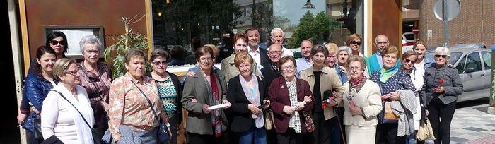 Encuentro con un grupo de voluntarios de la Unión Democrática de Pensionistas (UDP) en Cuenca capital.